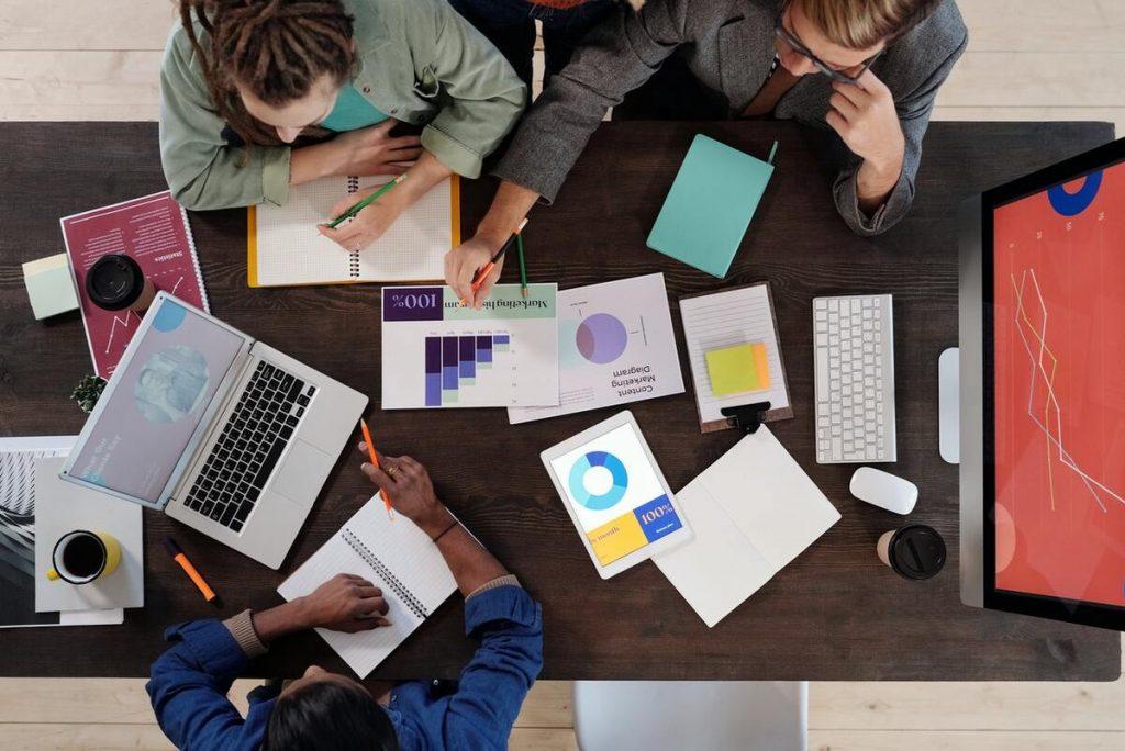 ¿Cómo afrontan este proceso las empresas?
