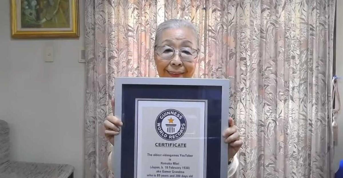 abuelo - Hamako Mori