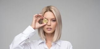 bitcoin-finance-cryptocurrency-blond-businesswoman-woman