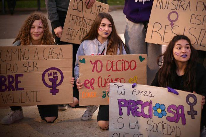 barcelona-women-s-day-gender-respect