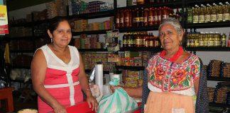 chatino-women-oaxaca-shawl-tradition-indigenous