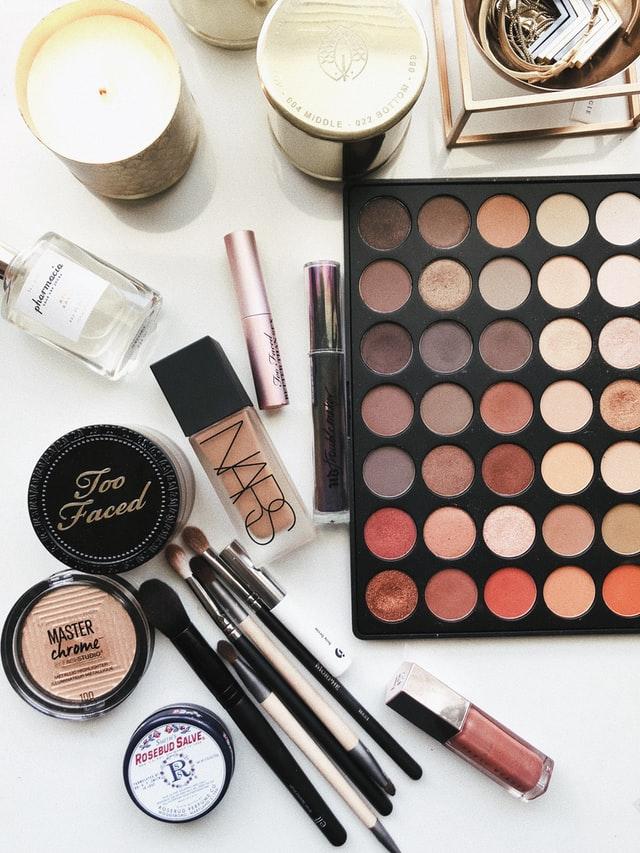 Maquillaje inspirado en series y películas. Pt 1