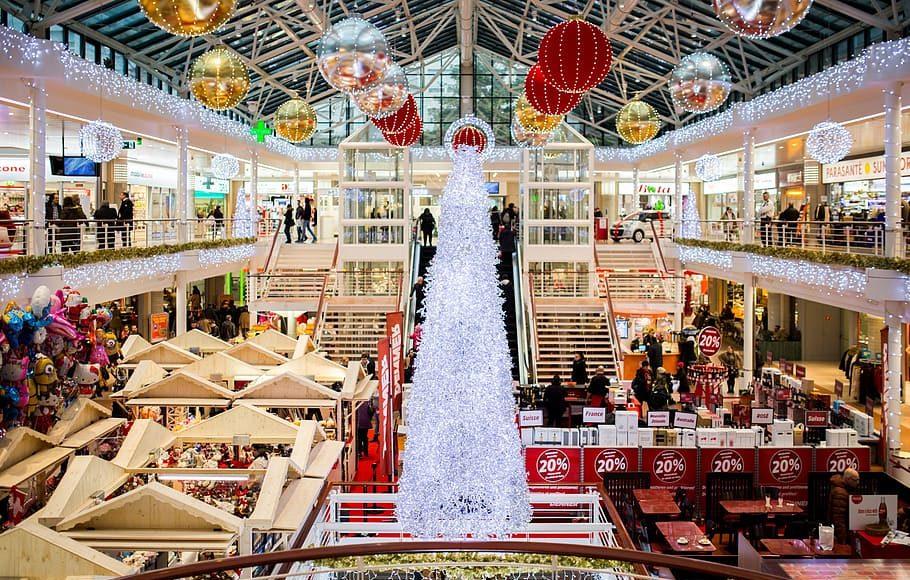 shopping-mall-christmas-christmas-tr