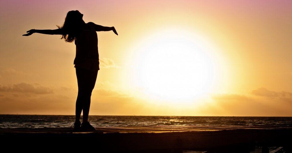 Los mitos de la COVID-19 - El mito de la exposición al sol