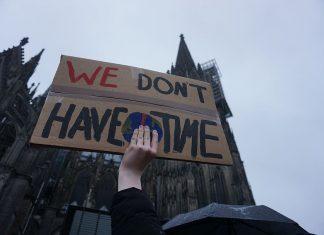 fridays-for-future-climate-show-me-school-strike