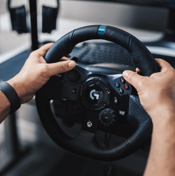 Del joystick al volante