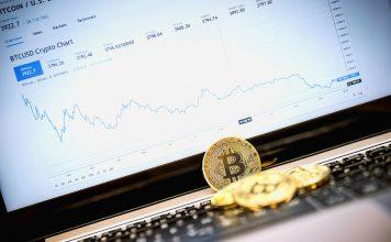 golden-bitcoin-coin-laptop-keyboard-bank