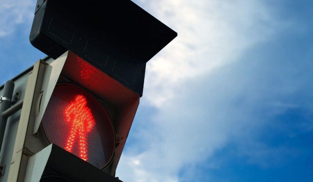 ¿Qué hacemos en el tiempo de espera de un semáforo en rojo?